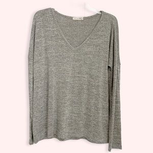 Rag & Bone grey v neck sweater size large